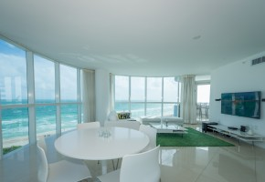 Miami Beach 3 BR with stunning direct ocean views – For Rent